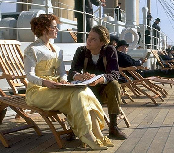 Robert De Nirónak is felkínálták Smith kapitány szerepét, de betegség miatt vissza kellett utasítania.