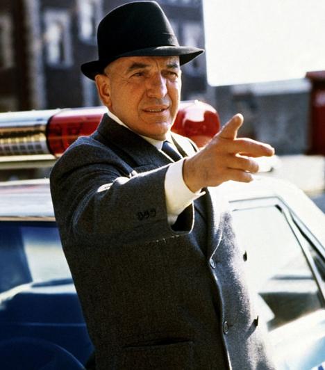 Kojak (1973-1978)  Kopasz, macsó zsaru a kemény New York-i bűnözők ellen - mi lehet ennél ütősebb kombináció? A görög származású Telly Savalas főszereplésével készült sorozat a hetvenes években volt népszerű, a főhős által szopogatott gömbnyalóka azonban még manapság is kapható.