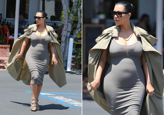 Júliusban viselte ezt a ruhát Los Angelesben. Egyik rajongója szerint úgy fest, mint a hernyó, aki bebábozódni készül.