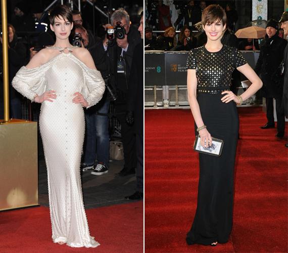 A mindig mosolygós és bájos arcú Anne Hathaway bal oldali fehér, gyöngyöktől roskadozó ruhája nem aratott osztatlan sikert. A jobb oldali annál inkább - a csodás Burberry dresszt a 2013-as BAFTA-gálán viselte.
