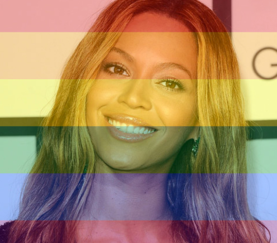 Beyoncé és Jay-Z is kiáll a melegházasság mellett, a hétvégén mindketten kifejezték, hogy támogatják őket ebben és örülnek a fejleményeknek. Homofób rajongóik már kevésbé.