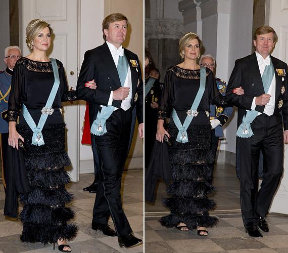 Maxima királyné ezúttal a feketére szavazott, különleges rojtos ruhája finoman hangsúlyozta alakját. Vilmos Sándor holland király 43 éves felesége három kislány édesanyja.