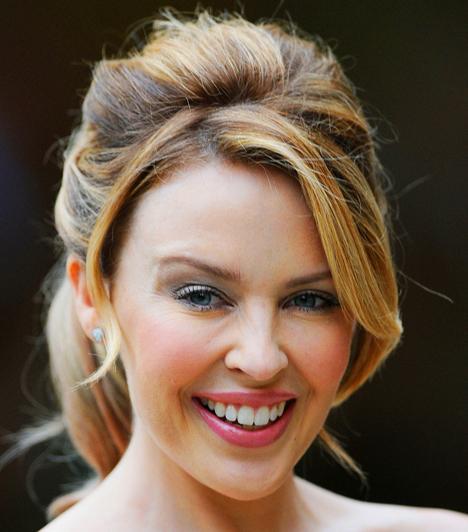 Kylie Minogue  Az ausztrál popsztár betegségét óriási médiafigyelem övezte. Kylie Minogue-ot 2005. május 21-én műtötték meg, kemoterápiás kezelésére pedig Franciaországban került sor. A beszámolók szerint amikor gyógyulása után megjelent a színpadon, mintha atombombát robbantottak volna, olyan lendületes volt.