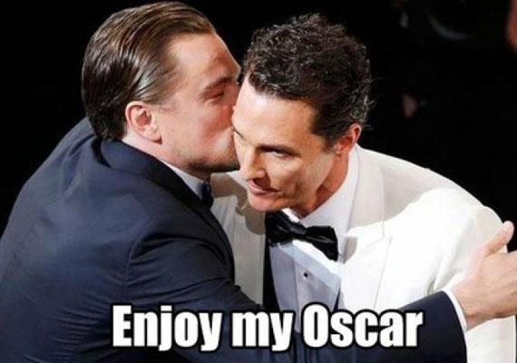 """""""Élvezd az Oscar-díjamat""""! - mondja Matthew McConaughey kollégájának, aki 2014-ben happolta el tőle a szobrot a Mielőtt meghaltam című filmben nyújtott alakításáért."""
