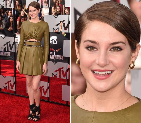 Hollywood legújabb sztárja a 22 évesShailene Woodley, aki bőrszerkóban érkezett a gálára.