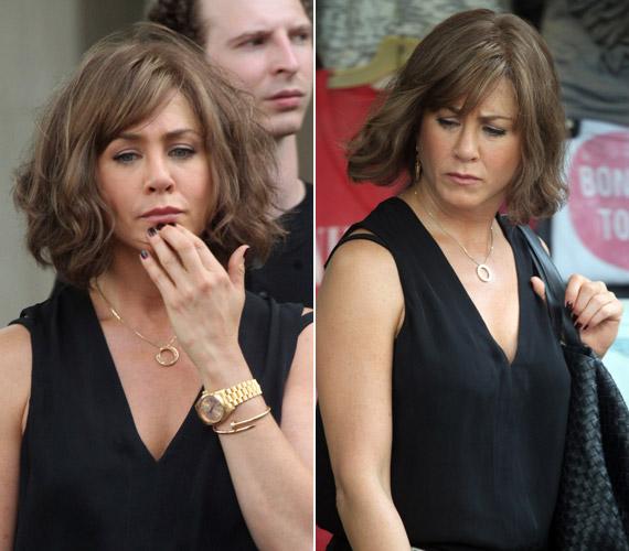 Jennifer Aniston is tőle szokatlan külsővel jelent meg legutóbb, bár neki ez csak paróka.