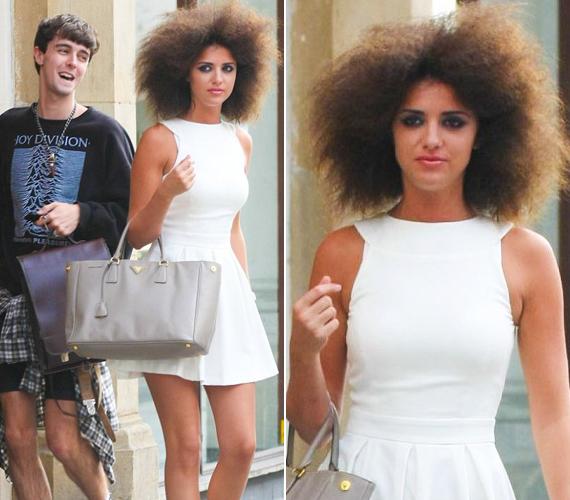 A 22 éves színésznő valószínűleg rosszul döntött, amikor az afro haj mellett tette le a voksát.