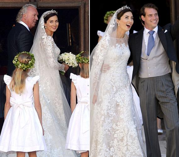 Bár 3 nappal ezelőtt csak egy peplumos kosztümöt viselt, most már tradicionális menyasszonyi ruhában állt az oltár elé.