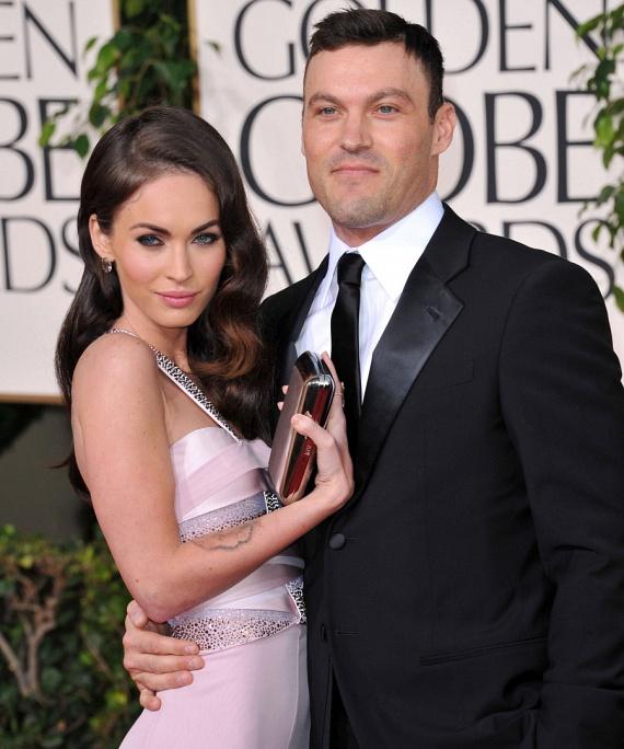 Megan Fox és Brian Austin Green idén két közös gyerek után úgy döntöttek, hogy beadják a válókeresetet. Egy apró hiba csúszott a számításba - a színésznő ismét teherbe esett, ezért átgondolták a dolgot, és újra összejöttek.