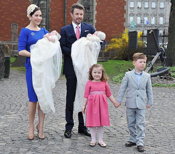 Első fiuk, Christian Valdemar Henri John herceg 2005. október 15-én, lányuk, Isabella Henrietta Ingrid Margrethe hercegnő 2007. április 21-én született.