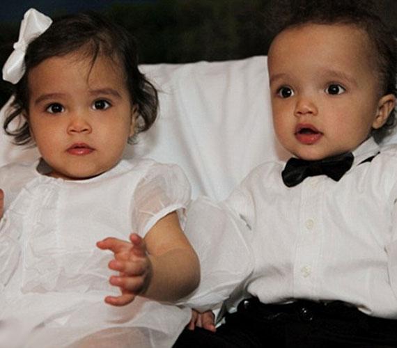 A csinos sztármami 2011 áprilisában adott életet ikreinek: a piciket Monroe és Moroccan névre keresztelték.