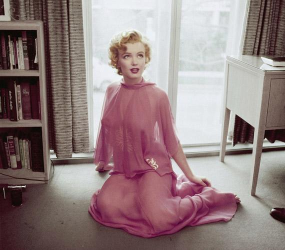 A fotókat 1952-ben Philippe Halsman készítette.