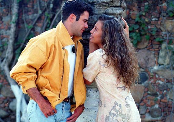 Maria, a gyönyörű, de szegény lány és szerelme, a gazdag Sergio csak a sorozat végén találnak igazán egymásra.
