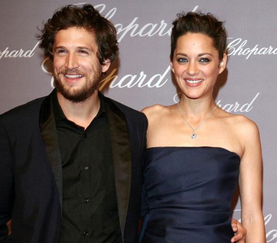 Marion Cotillard és Guillaume Canet évek óta boldog párkapcsolatban él, egyelőre nem házasodtak össze.