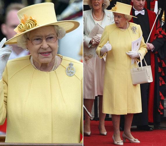 Erzsébet királynőt is láthattuk már sárgában, ő természetesen a rikító helyett pasztellárnyalatú ruhát öltött például a tavaly júniusi Trooping The Colour ceremónián.