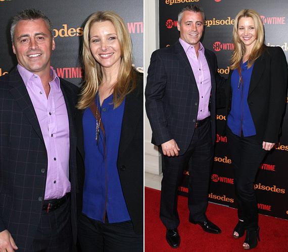Matt LeBlanc egy halványlila inget és kockás öltönyt, míg Lisa Kudrow egy szűk, fekete nadrágot és fekete blézert viselt királykék blúzzal.