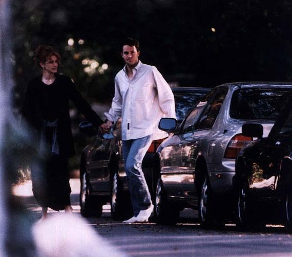 Matthew Perry a kilencvenes években Julia Roberts pasija volt, de randizott Yasmine Bleeth színésznővel is.