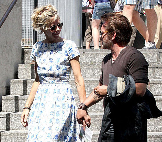 Meg Ryan 1991-ben azt követően ment feleségül Dennis Quaidhez, hogy a színész leszokott a kokainról.