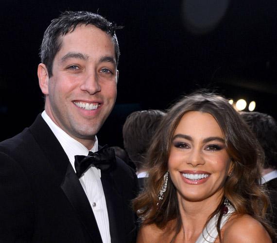 Sofia Vergara májusban jelentette be a Who Say profilján, hogy elhagyta vőlegényét, Nick Loebot. Mint írta, túl sok gond merült fel, nem tudták, hogyan tudnának együtt élni.