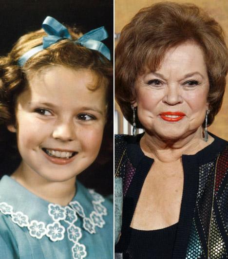 Shirley Temple2014. február 10-én85 éves korában, kaliforniai otthonában elhunyt Hollywood ünnepelt gyermeksztárja, Shirley Temple.A csigás loknijairól híressé vált színésznő a harmincas években lett ünnepelt sztár, és mindmáig a leghíresebb gyermekszínészként tartják számon.Hároméves kora óta játszott, utolsó szerepét a hatvanas évek elején kapta egy sorozatban. Olyan filmekben tűnt fel, mint A kék madár, A kis hercegnő vagy A Broadway angyala.