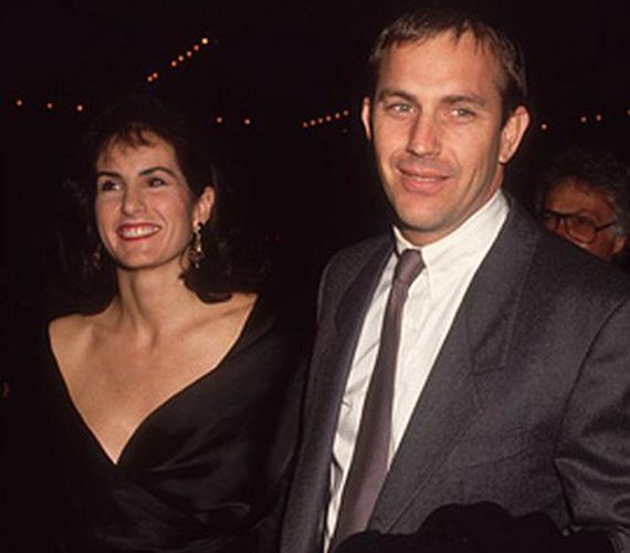 Kevin Costner 16 évig élt házasságban egyetemi szerelmével, Cindy Silvával. A színész 1994-es válásukkor 80 millió dollárt fizetett exének.