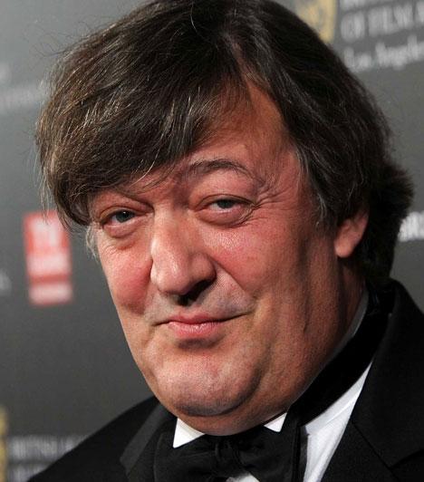 Stephen Fry  A népszerű angol humorista saját bevallása szerint kamaszkorában sokat küzdött homoszexualitásának tényével. Másságát évek óta nyíltan felvállalja: Daniel Cohennel 14 év után, 2010-ben ért véget párkapcsolata.  Kapcsolódó sztárlexikon: Ilyen volt, ilyen lett: Stephen Fry »