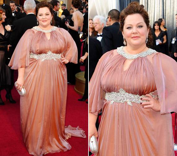 A 2012-es Oscar-gálára végülMarina Rinaldi készített neki ruhát.