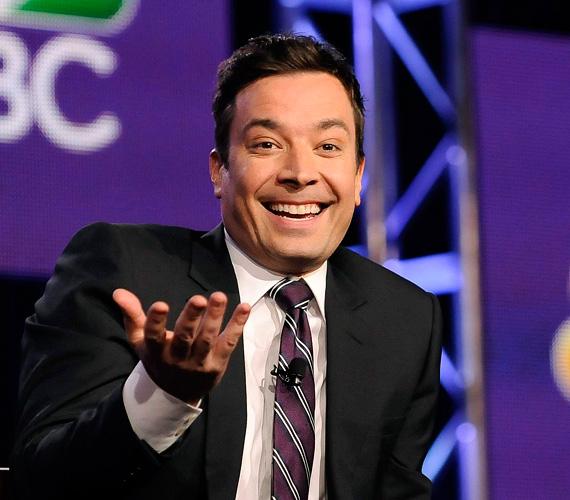 A tévés vetélkedőkért a műsorvezető 25-75 ezer dollárt visz haza hetente, attól függően, hogy más csatornák is átveszik-e a műsort, illetve fő sugárzási időben megy-e. A késő esti beszélgetős műsorok házigazdái 3 és 30 millió dollárt kereshetnek évente. Stephen Colbert például több mint 15 millió dollárt keres évente, Jimmy Fallon viszont 15 millió alatti összeggel kell, hogy beérje. A legtöbbet jelenleg Jon Stewart keresi a The Daily Show-val - ő 25-30 millió dollárt kap éves szinten.