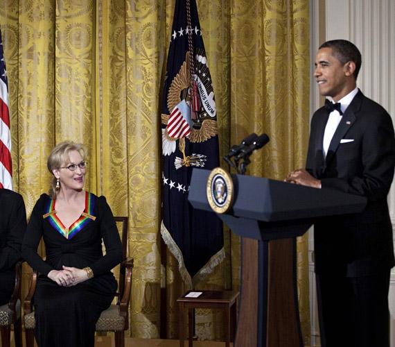 A díjátadón az amerikai elnök, Barack Obama köszöntötte a vendégeket.