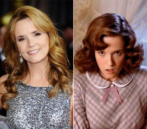 Az 54 éves Lea Thompsonon nem fog az idő! Még mindig ugyanolyan szép, ha nem szebb, mint amilyen a film készítésének idején volt. Ő játszotta Lorraine Baines MacFlyt, vagyis Marty anyját.