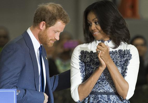 Nem csoda, hogy Obama elnök másnap cinikusan megjegyezte, hogy túl jól ismeri már a feleségét, ez a kép magáért beszél.