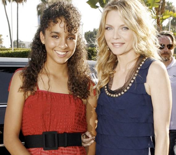Claudiát 1993-ban fogadta örökbe Michelle Pfeiffer, majd még abban az évben összeházasodott David E. Kelly-vel, aki a nevére vette a kislányt.