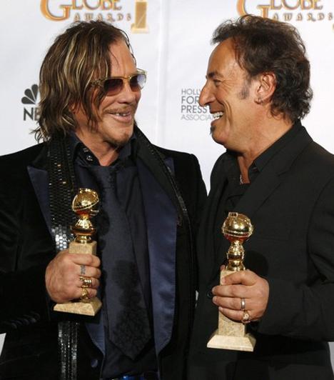 Golden Globe-ot kapott  A pankrátotért nemcsak ő, hanem Bruce Springsteen is Golden Globe-ot kapott, aki egy megrendítő dalt írt Darren Aronofsky filmjének végére.