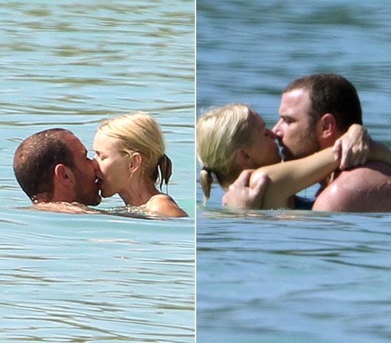 Egymást szorosan átölelve vadul csókolóztak a tengerben.
