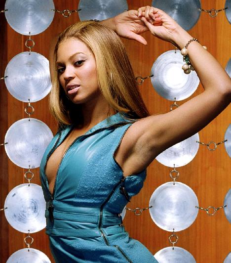 Beyoncé  A Destiny's Child egykori üdvöskéje már a lánybandával is sikeres volt. Ám népszerűsége az egekig szárnyalt szólóénekesnőként, nem beszélve arról, hogy színésznői alakításait - egyebek közt a Dreamgirls-ben is játszott - szintén magasztalja a kritika. A szakmai sikerek mellett magánélete is harmonikus - 2011 januárjában megszületett kislánya.  Kapcsolódó cikk: Csak egy hónapja szült! Beyoncé szűk, vörös ruhában ment a koncertre »