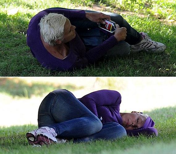 Brigitte Nielsen egy parkban döntött úgy, leheveredik egy kicsit, miután lerészegedett.