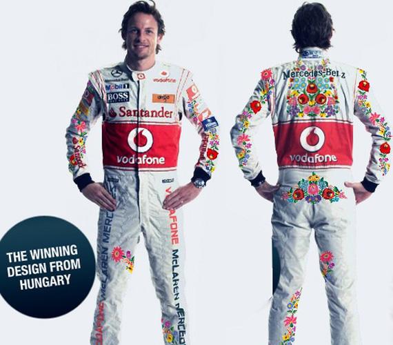Tavaly a Magyar Nagydíj időmérő edzésén Jenson Button és Lewis Hamilton a Kalmár István által tervezett, kalocsai mintás Forma-1-es overallt viselte. Utána egy újabb szavazás eredményeként Button ismét felöltötte a kalocsais overallt a szezonzáró Brazil Nagydíjon.