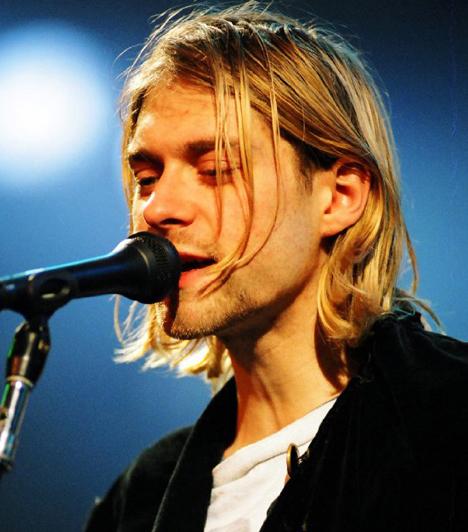 Kurt Cobain  A Nirvana frontembere 1994. április 5-én lett öngyilkos seattle-i otthonának garázsában. Az ő esetében is felmerült, hogy nem önkezével vetett véget életének, hanem felesége gyilkoltatta meg.