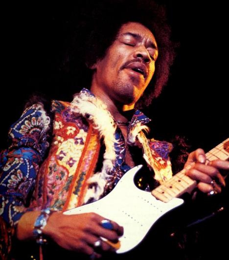 """Jimi Hendrix  A """"balkezes zseni""""-ként emlegetett gitárvirtuóz 27 évesen dobta el magától az életet, bár egyes elméletek szerint gyilkosság áldozata lett."""