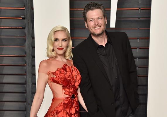 Gwen Stefani megmutatta exférjének, hogy mit veszített: egy dögös, áttetsző ruhában villantotta meg bájait új szerelme oldalán.