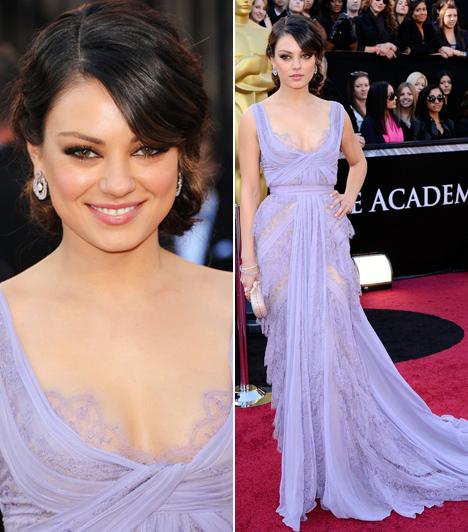 Mila Kunis  A Fekete hattyú sztárja a 2011-es Oscar-gálán kápráztatott el mindenkit ebben a levendulaszínű Elie Saab ruhában.