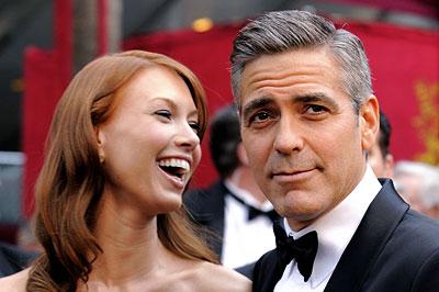 Sarah Jane Larson és George Clooney