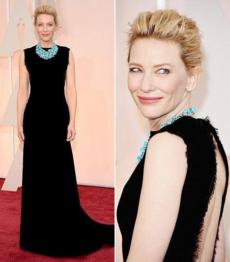 Cate Blanchett                         A 45 éves színésznő egy fekete Martine Margiela Couture estélyit választott, melyet egy türkiz Tiffany nyaklánccal dobott fel.