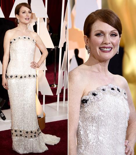 Julianne Moore  A legjobb színésznő kategória győztese egy Chanel estélyiben varázsolta el a gála részvevőit.