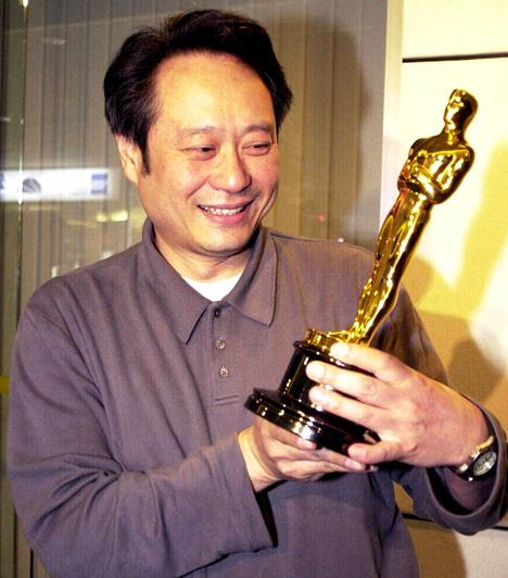 Ang LeeA tajvani rendező 2001-ben kapta első jelölését a Tigris és sárkányért, az aranyszobrot pedig 2006-ban vehetett át a szívfacsaró Brokeback Mountain - Túl a barátságon című romantikus film megrendezéséért.