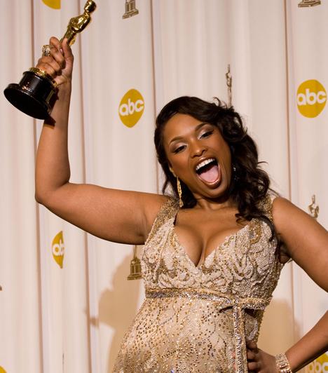 Jennifer Hudson  Az American Idolban feltűnt amerikai énekesnő 2006-ban mutatkozott be színésznőként a Dreamgirls című musicalben, alakítását pedig egy évvel később igazi díjesővel, köztük a legjobb női mellékszereplőnek járó aranyszoborral jutalmazták.