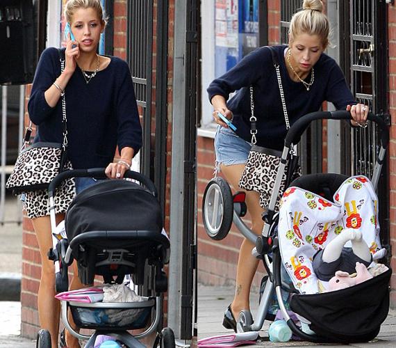 A 23 éves anyuka London utcáin sétáltatta kisfiát, amikor a kocsi megakadt valamiben.