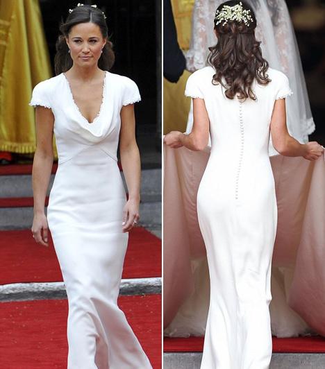 Tökéletes nyoszolyólány  Egyes kultúrákban furcsa lehet, hogy a menyasszonyon kívül más is fehérben van egy esküvőn, a britek azonban el voltak ragadtatva Pippa Middleton eleganciájától. A hercegi pár nyoszolyólányának csodás ruháját az Alexander McQueen divatháztól rendelték.  Kapcsolódó cikk: Kate és Vilmos esküvőjének legszebb pillanatai »