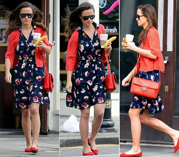 Pippa a hétköznapok során is szívesen visel lenge nyári ruhákat, például ezt a sötétkék alapon virágmintás darabot, amit piros kiegészítőkkel dobott fel.