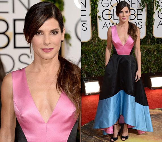 Sandra Bullock a 2014-es Golden Globe-gálára vette fel ezt a a mélyen kivágott Prabal Gurungis kreációt.